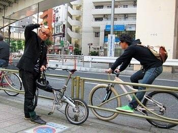 もっとオシャレしても良いかも!?自転車ツーキニストの服装を考える。<Number Web> photograph by Satoshi Hikita
