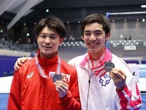 """体操・白井健三は最後に笑顔で手を振った 24歳で引退の""""ひねり王子""""がガッツポーズで競技を終えるまで"""