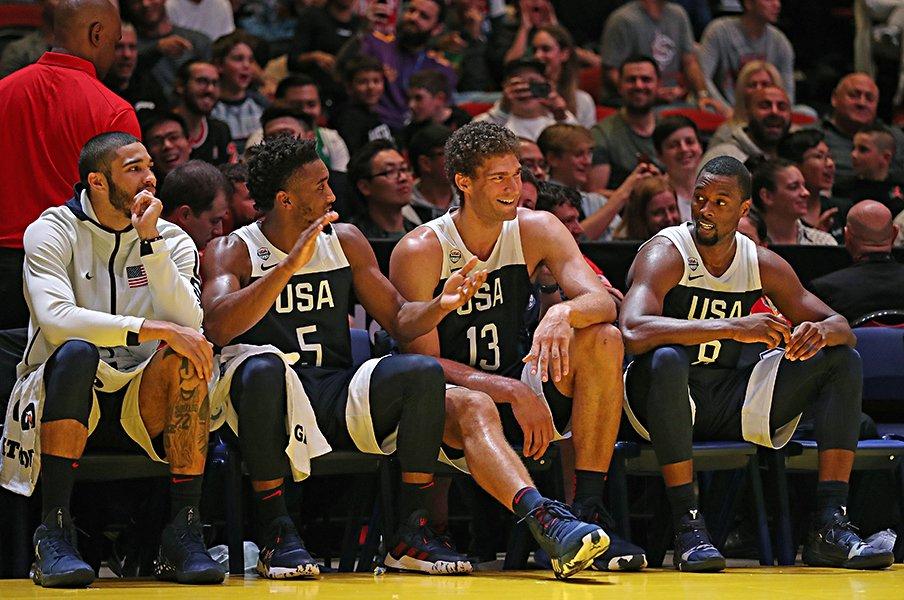 """""""世界一""""が不在でも強い米国バスケ。ポポビッチ流チーム作りで結束固く。<Number Web> photograph by Getty Images"""