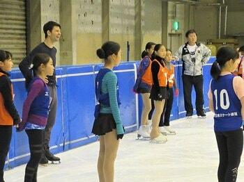 若手フィギュア選手の合宿で講師を。あのランビエルに独占インタビュー!<Number Web> photograph by Akiko Tamura