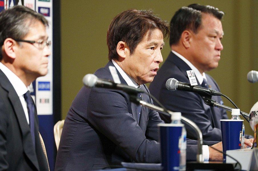 西野ジャパンの27人が意味するもの。最後の競争と一体感の同時進行を!<Number Web> photograph by Kyodo News