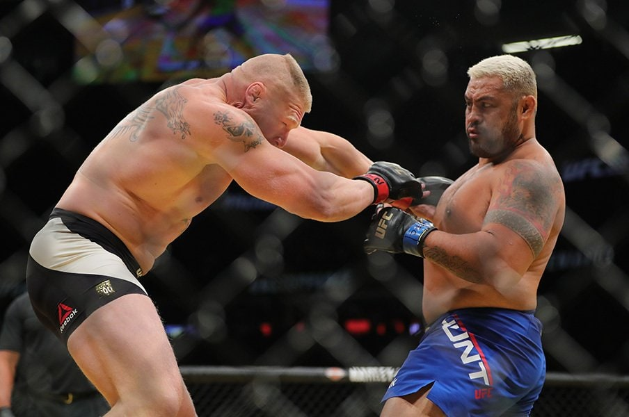 UFCでハントvs.レスナーが実現!4000億円買収劇に漂う格闘ロマン。<Number Web> photograph by Getty Images