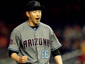 34歳のルーキー、平野佳寿は日本人新記録にも浮かれない。~74試合登板、来季はクローザー?~