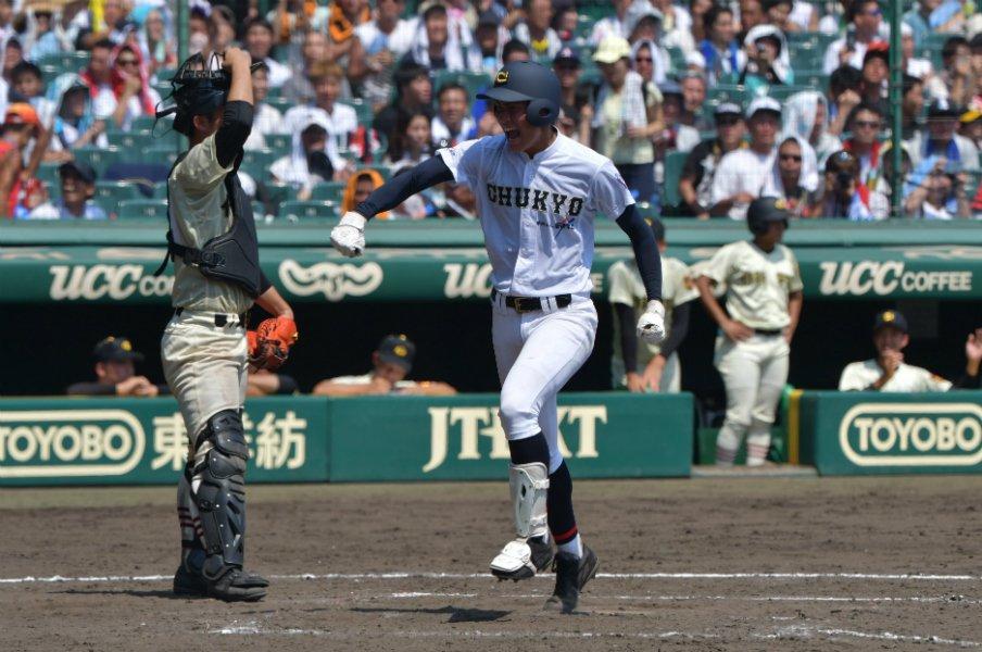 作新学院・捕手、配球に悔いなし。小林誠司のように、満塁被弾を糧に。<Number Web> photograph by Hideki Sugiyama
