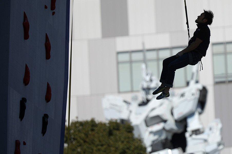 こういう事態に何ができるのか。スポーツクライミングの現在(いま)。<Number Web> photograph by AFLO