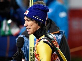 五輪で8位に入賞して悔しがる41歳。葛西紀明、ラージヒルで「お返し」。<Number Web> photograph by Kaoru Watanabe/JMPA