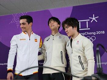 超人的強さでトップの羽生結弦!宇野昌磨も3位につけたSP結果詳報。<Number Web> photograph by Ryosuke Menju/JMPA