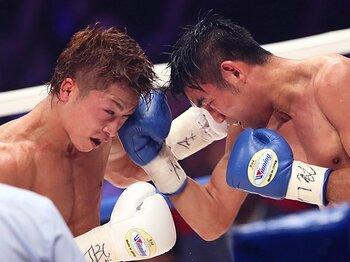 井上尚弥、またも「故障でKO防衛」。最高のポテンシャルと低い安定感。<Number Web> photograph by AFLO
