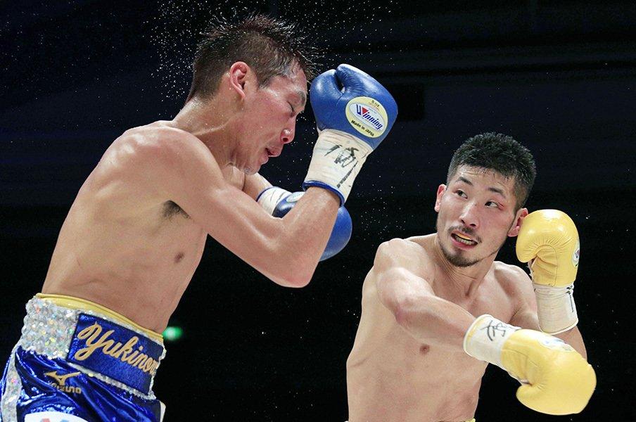 小國vs.岩佐戦に詰まっていたもの。ボクシングにおける「紙一重」とは。<Number Web> photograph by Kyodo News