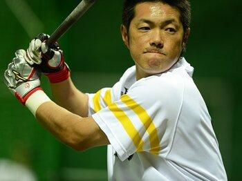 引退表明か現役続行か。40代選手、初秋の現在地。~プロ野球・ベテランの存在価値~<Number Web> photograph by Naoya Sanuki