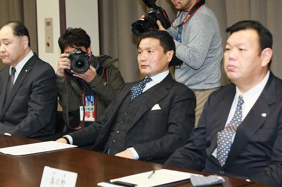 スポーツ新聞に愛された男――。「劇薬」貴乃花親方の功績とは?<Number Web> photograph by JMPA