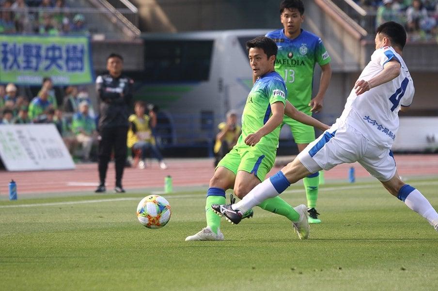 U-20W杯、10番主将は頼れる男。齊藤未月「闘争心をむき出しに」<Number Web> photograph by Takahito Ando