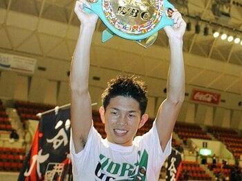 21歳の新世界王者、堂々たる試合ぶり。~井岡一翔の勝利の価値~<Number Web> photograph by KYODO