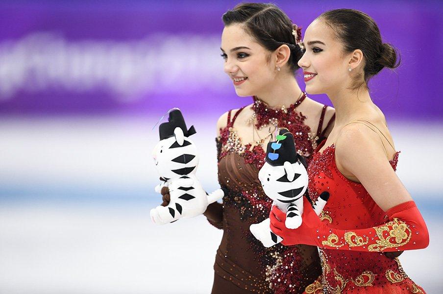 「スポーツは戦争のようなものだけど」メドベデワとザギトワの本当の関係。<Number Web> photograph by Asami Enomoto/JMPA