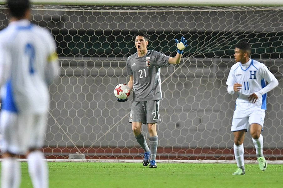 U-20のGK山口瑠伊って、誰?日仏での文武両道サッカー人生。<Number Web> photograph by AFLO