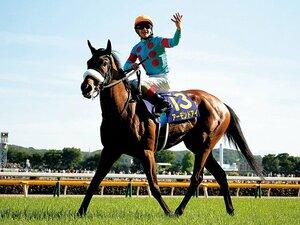 アーモンドアイがオークス圧勝。歴史的名馬を見られる、幸せ。~ルメールが珍しく声援を要求したのには理由がある~