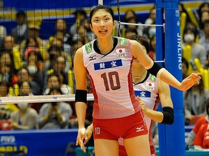 体格の差をどう克服するか。指揮官が追求する日本らしさ。~グラチャン3位、女子の新戦術~