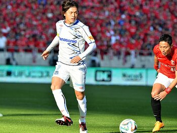 G大阪が変身した「大人のチーム」。浦和にかかる重圧と、3冠の可能性。<Number Web> photograph by J.LEAGUE PHOTOS