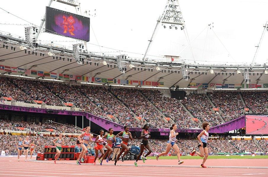 ロンドン五輪の陸上競技場はテムズ川やヴィクトリアパークに囲まれた場所にあり、観光にも適していた。