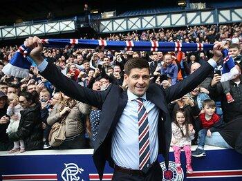 3つの意味を持つジェラードの監督就任。~スコットランドから来たオファーに「特別なものを感じた」~<Number Web> photograph by Getty Images