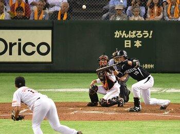 藤浪晋太郎の課題は「投手の打席」。巨人との頂上決戦で阪神が失った物。<Number Web> photograph by NIKKAN SPORTS