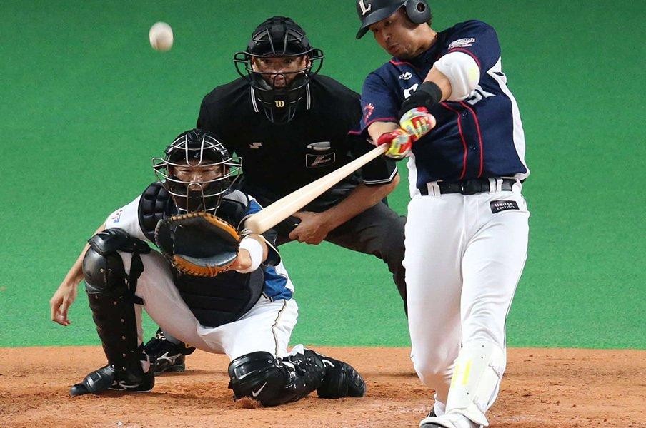 西武・浅村栄斗が見たくなかった物。「足を引っ張ったという自覚はある」<Number Web> photograph by NIKKAN SPORTS