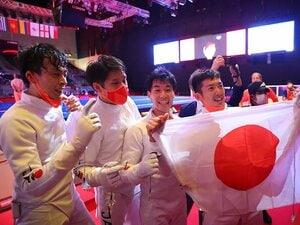 """転向を勧められても、高校総体に団体がなくても…「日本人には難しい」フェンシング団体エペで金メダル、""""2つの原動力""""とは"""