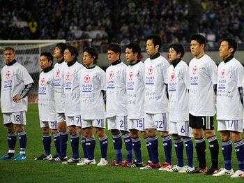 """鳴り響く""""ニッポン・コール""""の中、日本代表が見せた新たなステップ。<Number Web> photograph by Takuya Sugiyama"""