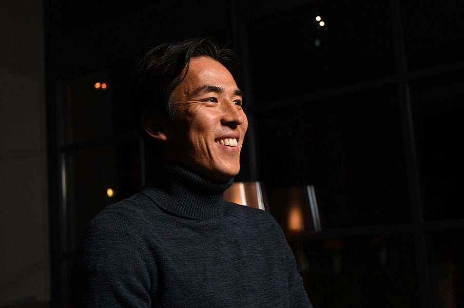 長谷部誠が語るカズへの憧憬。「自分もいつまでもプレーしたい」<Number Web> photograph by Ryu Voelkel