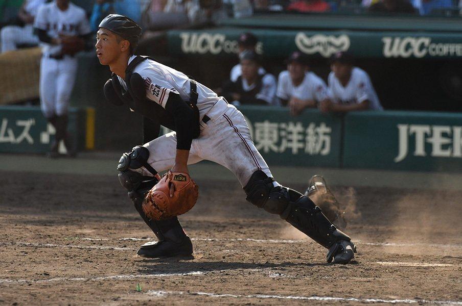 甲子園を沸かす、光のような強肩。広陵・中村はなぜ投手をやらないか。<Number Web> photograph by Hideki Sugiyama