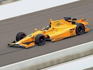 モナコGPとインディ500、同日のドラマの行方は。~F1以上のスピードにアロンソが参戦、F1側の代理はバトン~