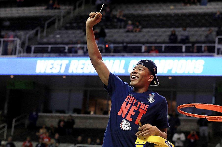 ついに日本人がNCAAの決勝まで――。バスケット選手・八村塁の可能性。<Number Web> photograph by Getty Images