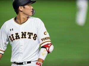 坂本勇人「あのときの長野さん、自分のことのように喜んでくれて…」塁上で感極まったワケ