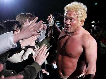 震災後の活躍目立つ、自衛隊出身選手の想い。~ノアからドラゴンゲートまで~<Number Web> photograph by Sports Nippon