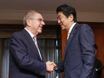 日英の新聞報道を比較して見えた事。五輪延期、主導はIOCか日本か。<Number Web> photograph by Kyodo News