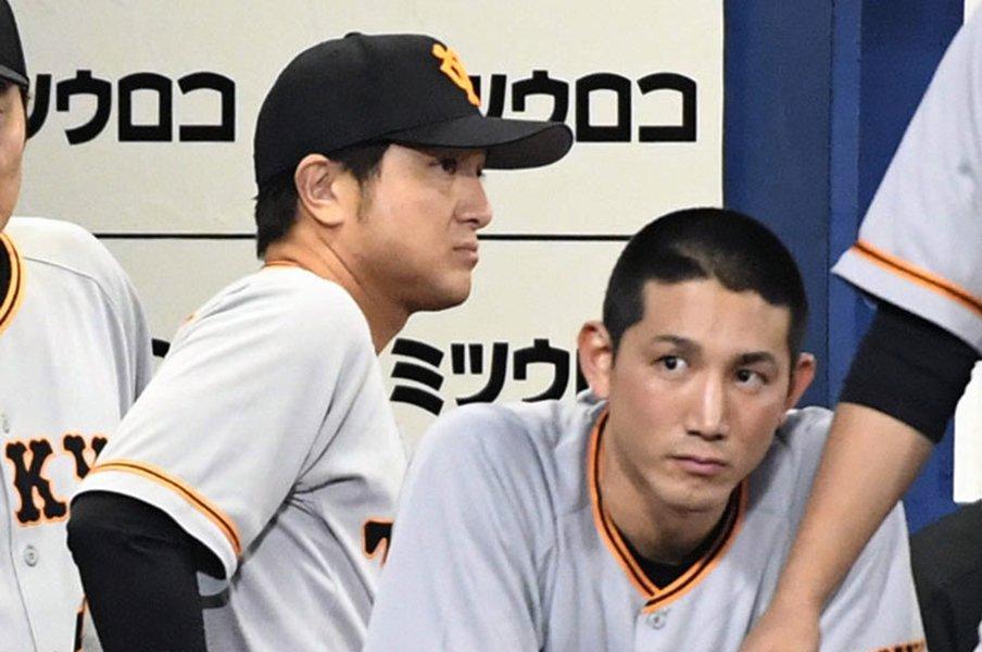 酒場のオヤジが共感する小林誠司。続く若手扱い、捕手2人指名の悲哀。<Number Web> photograph by Kyodo News