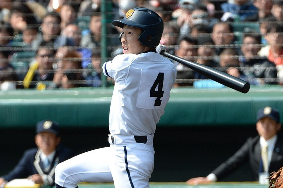 選抜は個性派の二塁手が盛り上げた!高松商、大阪桐蔭、智弁学園の凄い3人。<Number Web> photograph by NIKKAN SPORTS