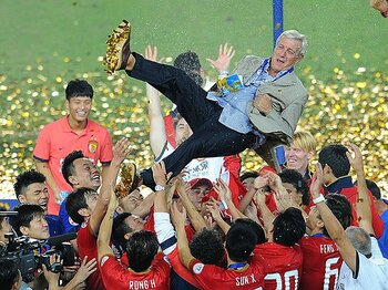 "W杯、欧州CLに続きアジアCLを制覇。勝つほどに""若返る""名将、リッピ。<Number Web> photograph by Getty Images"