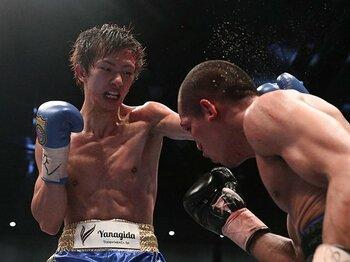 """""""侍ファイター""""田口良一。ボクシング統一王者の知・勇・仁。<Number Web> photograph by Kyodo News"""