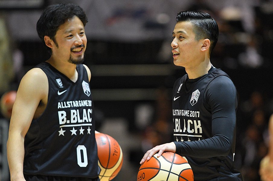 "167cmの選手が人生初のダンク成功!?田臥に並ぶBリーグの""顔""富樫勇樹。<Number Web> photograph by AFLO"
