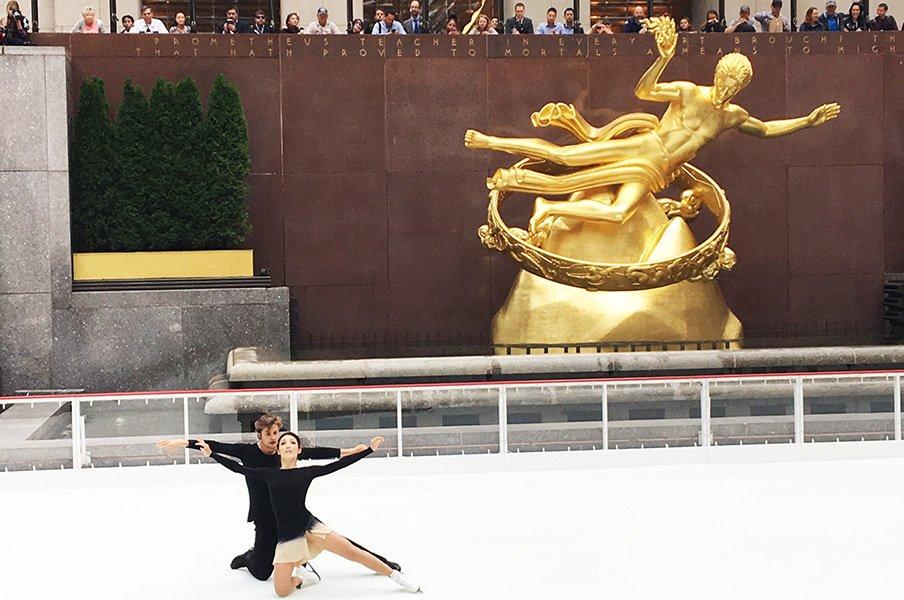 アイスダンス五輪王者が平昌向けエール。「日本のスケーターは、良いお手本」<Number Web> photograph by Akiko Tamura