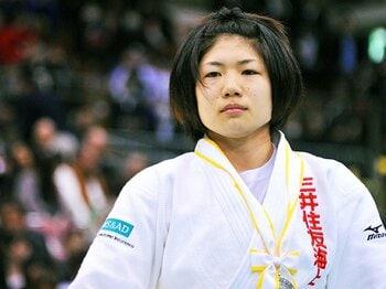 柔道・中村美里、アジア大会へ出陣。ロンドンの挫折、膝の手術を超えて。<Number Web> photograph by Shino Seki