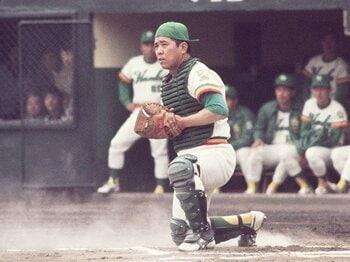 選手・野村克也の偉大過ぎる記録。出場数2位の打てる捕手&走塁上手。<Number Web> photograph by Katsuro Okazawa/AFLO