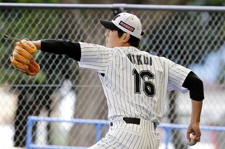 メジャー挑戦を断念して――。涌井秀章は今季、何を目指すのか?<Number Web> photograph by Kyodo News