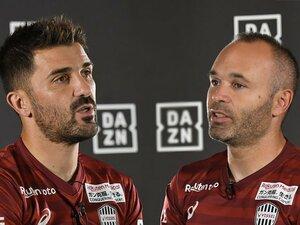 イニエスタ&ビジャが語るクラシコ。「特別な試合」をバルサ目線で回顧。
