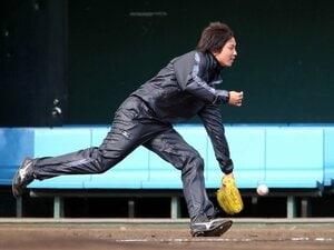阪神・一二三慎太の決断は報われる!?投手から野手に転身する事例を検証。