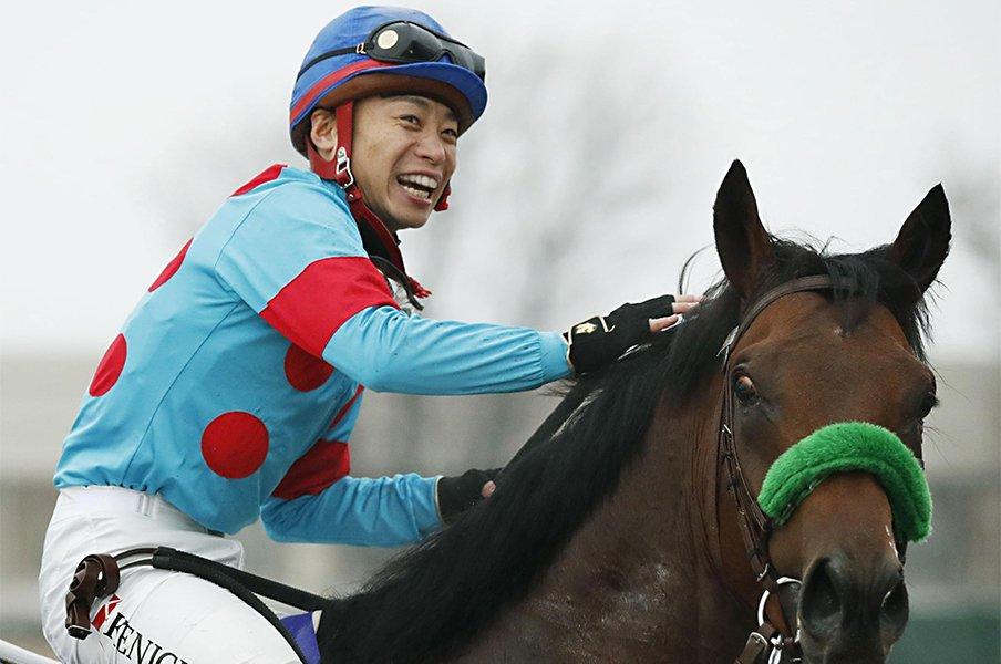 ドバイと重なってもGI馬が8頭。大阪杯の肝は「サンデーとの距離」?<Number Web> photograph by Kyodo News
