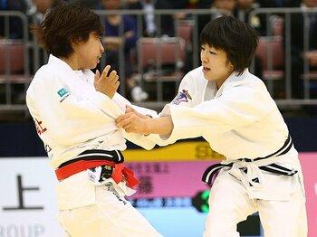 女子48kg級王座を巡る2人の戦い。8月の柔道世界選手権で再び激突か。<Number Web> photograph by AFLO