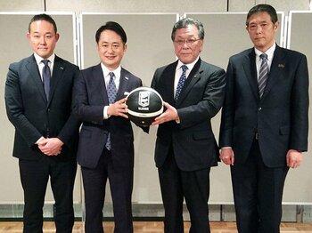 "DeNA""バスケ買収""への違和感。「横浜スポーツタウン構想」は?<Number Web> photograph by Kyodo News"