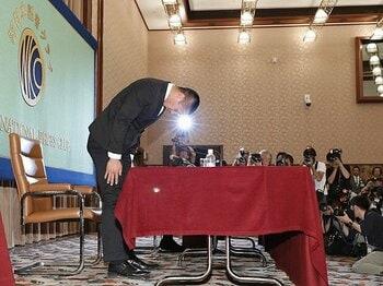 日大アメフト部で優しさは罪なのか。「潰せ」と「こいつ」と「坊主頭」。<Number Web> photograph by Kyodo News